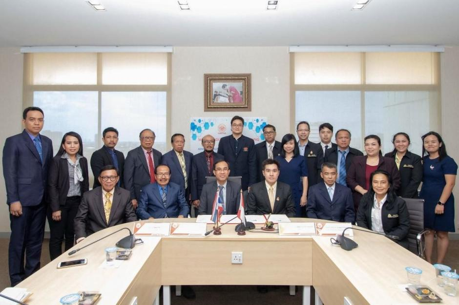 KMUTNB signed an agreement with INSTITUTE OF TECHNOLOGY AND HEALTH BALI in Indonesia